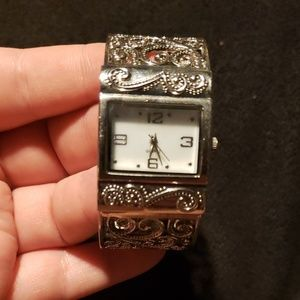 Decorative Filigree Cuff Watch